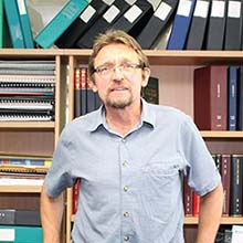 Professor Ron Plotnikoff