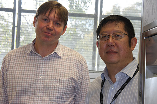 Dr Rick Thorne, left, and Professor Xu Dong Zhang