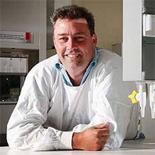 Associate Professor Darren Shafren
