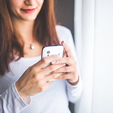Mobile phone apps and fertility knowledge