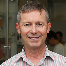 Professor Peter Wark | Hunter researchers seeking locals who have tested positive with COVID-19