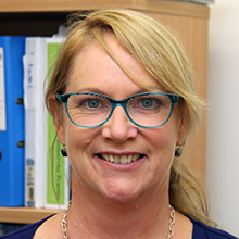 Dr Lesley MacDonald-Wicks