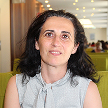 Associate Professor Stefania Paolini - Psychology Researcher