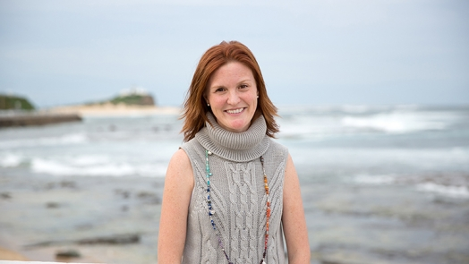 Associate Professor Tracy Burrows