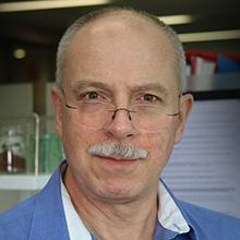 Dr Carlos Riveros