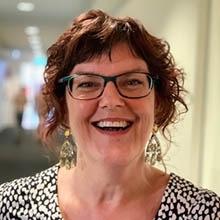 Dr Meredith Tavener