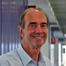 Laureate Professor Roger Smith AM - HMRI Pregnancy and Reproduction Program Leader